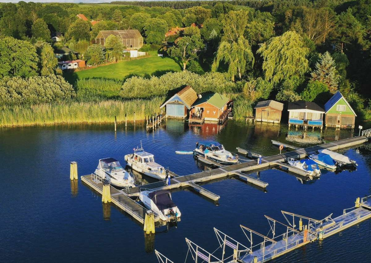 Fischerei Damerow - Marina near Jabel