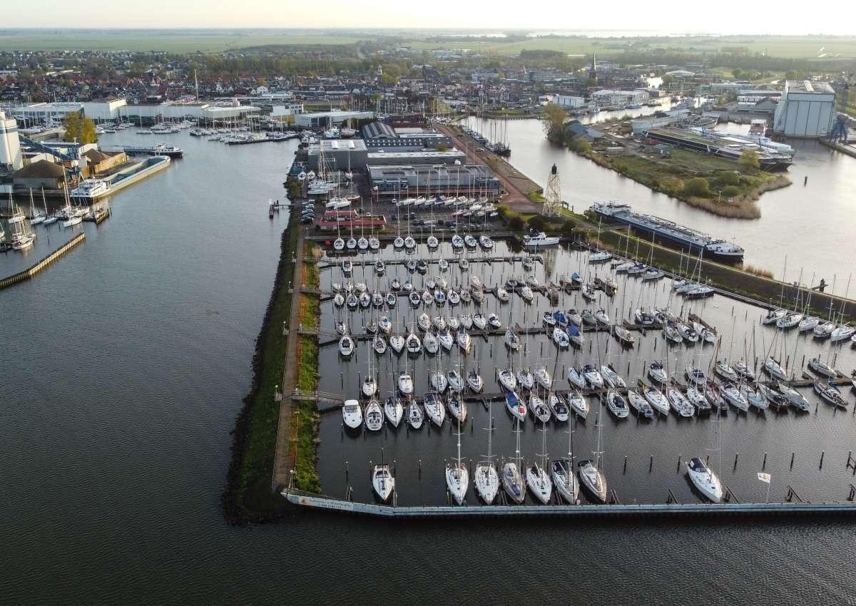 Jachthaven Friese Hoek BV - Marina près de De Fryske Marren (Lemmer)