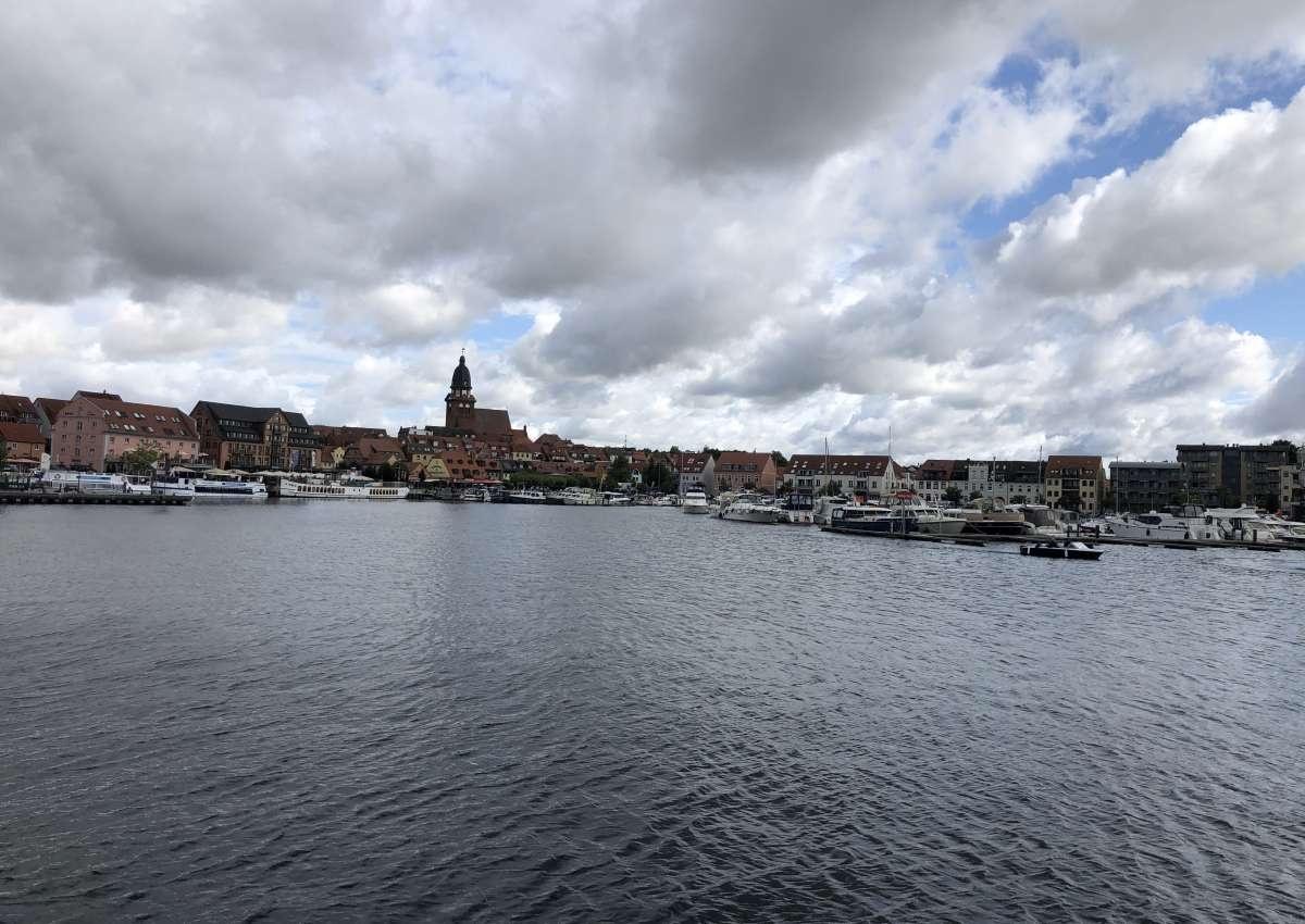 Marina Im Jaich - Hafen bei Waren (Müritz) (Werdersiedlung)