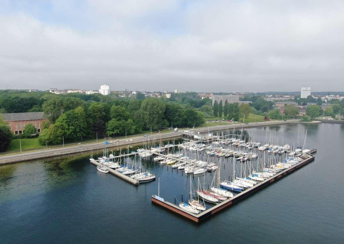 Kiel-Wik - Hafen bei Kiel (Wik)