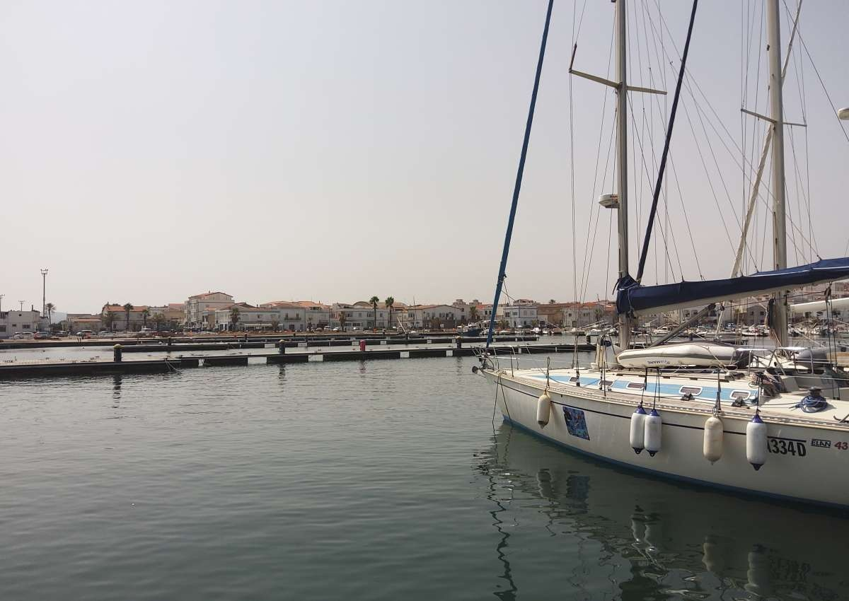 Porto Turistico di Calasetta - Hafen bei Câdesédda/Calasetta