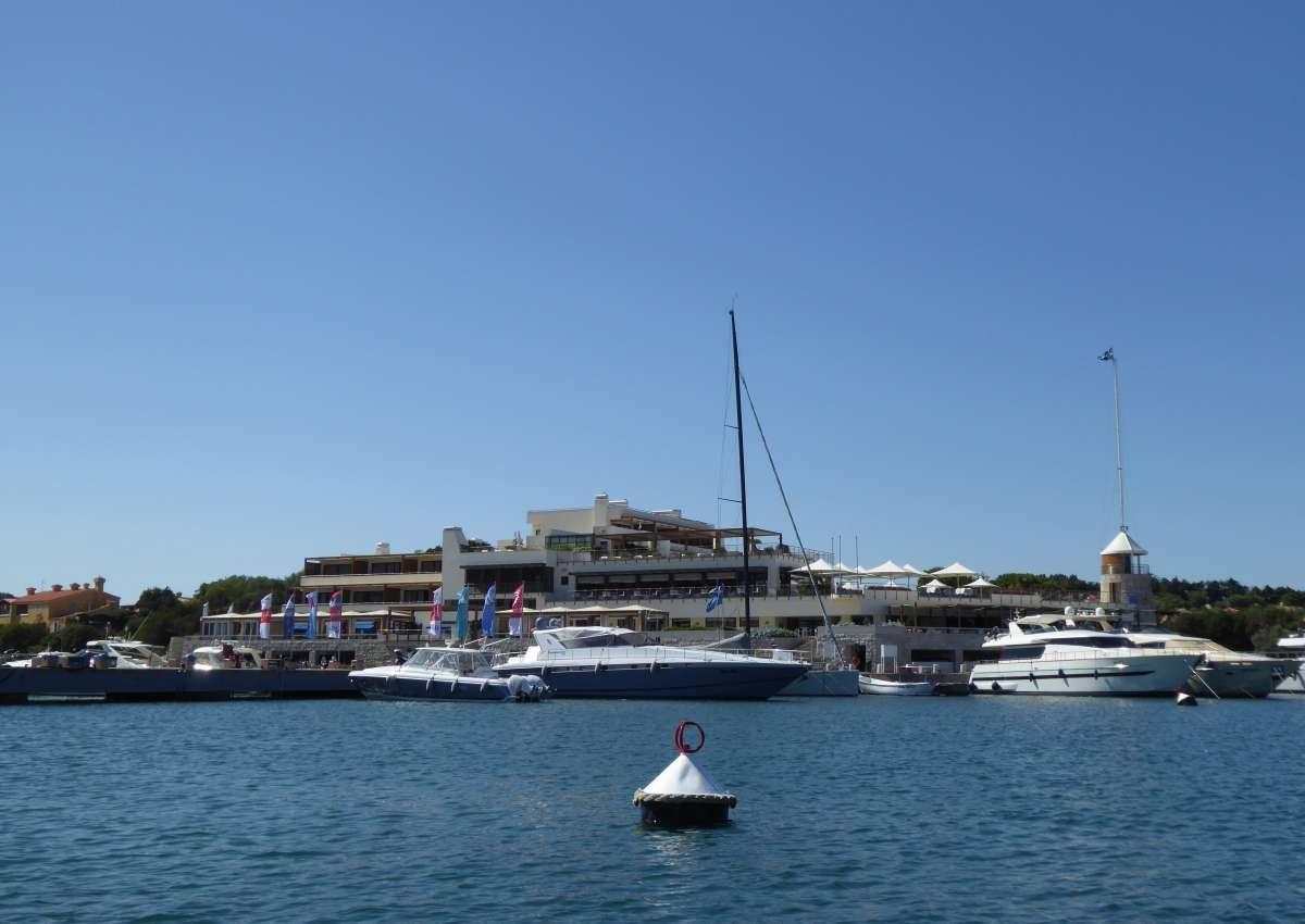 Porto Cervo - Hafen bei Alzachèna/Arzachena