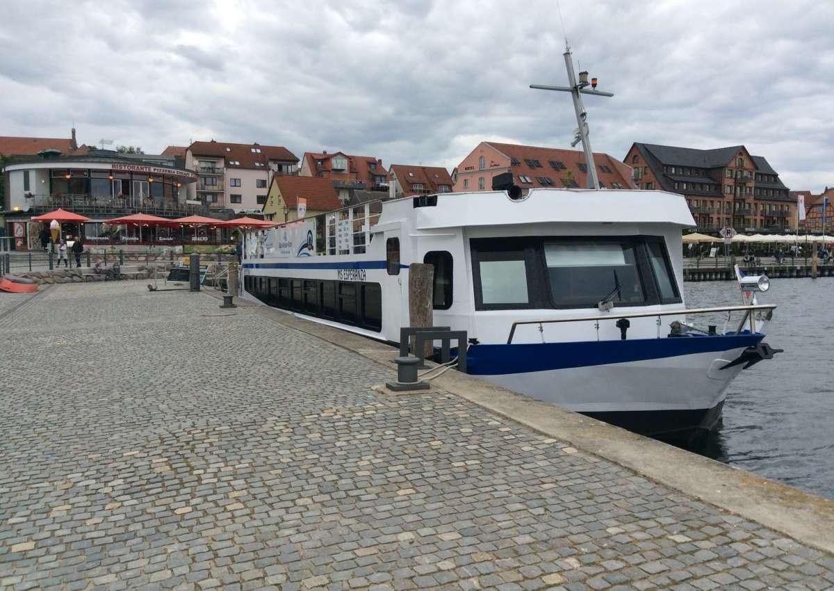 Marina Waren an der Müritz - Hafen bei Waren (Müritz) (Werdersiedlung)