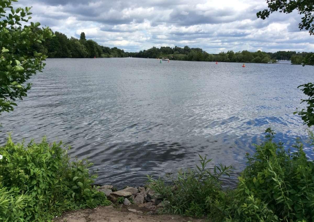 Neue Tonnenlage Havelkanal ind Havel Oder Wasserstrasse - Navinfo bei Hennigsdorf