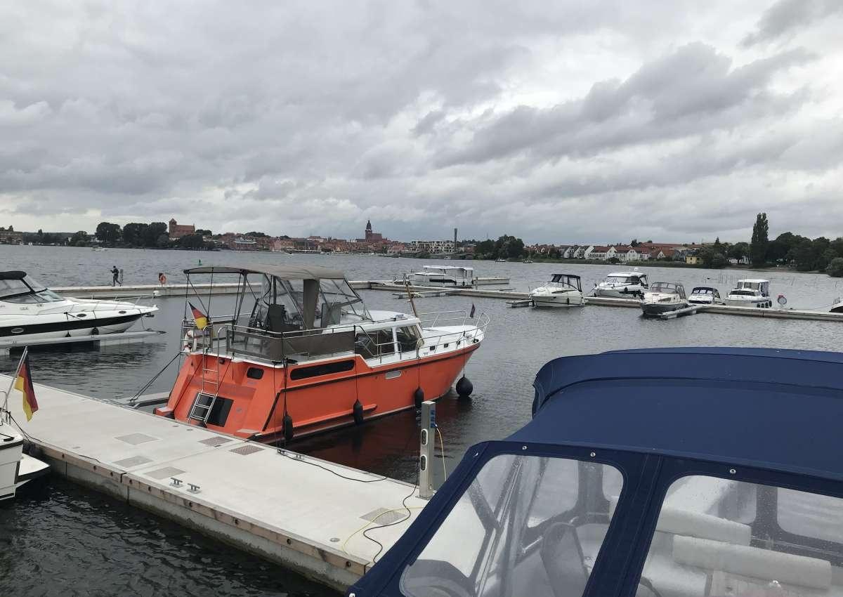 Yachthafen Maremüritz - Hafen bei Waren (Müritz)