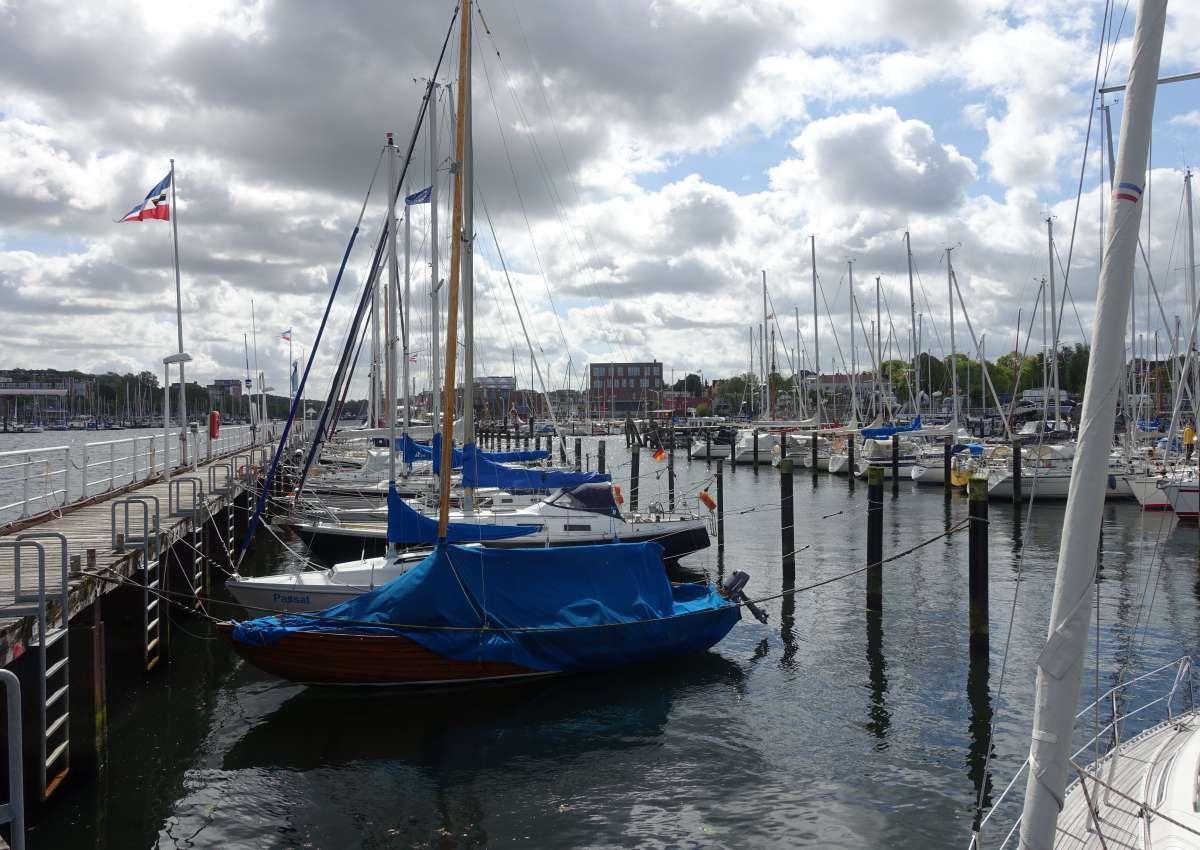 Schwentine Wellingdorf - Hafen bei Kiel (Wellingdorf)